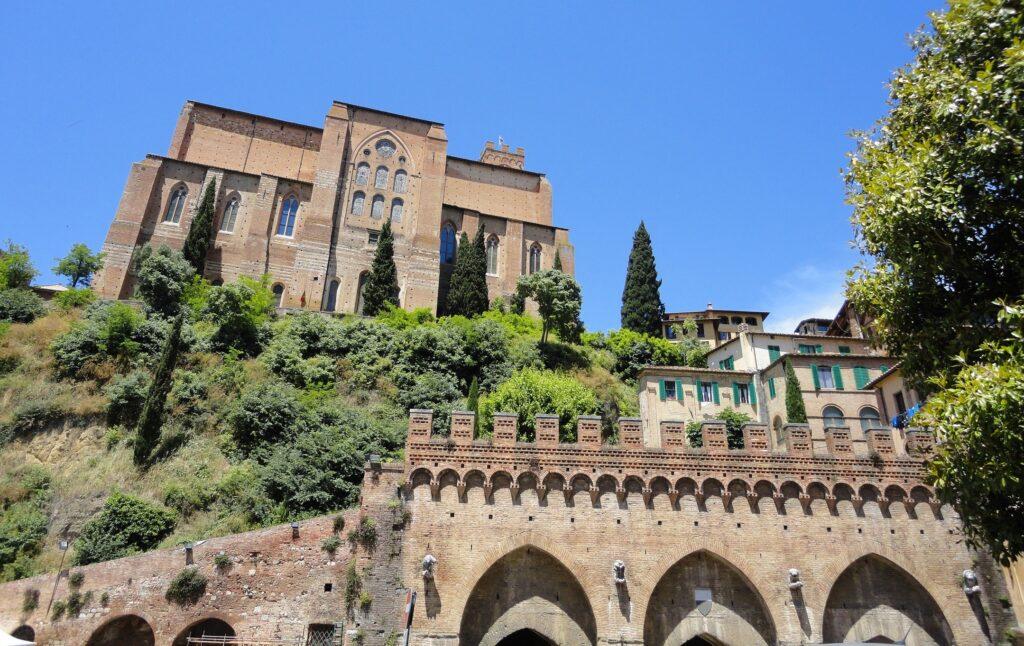 San-Domenico-Siena-Fontebranda